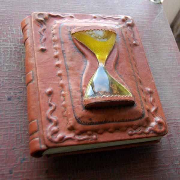 clockbook1