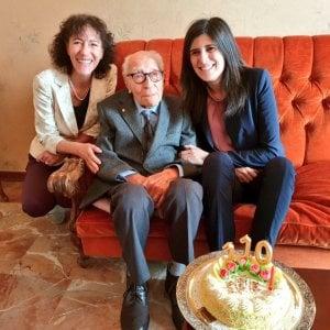 Самому старому мужчине в Италии живет в Турине, Сальваторе Кавалло 110 лет