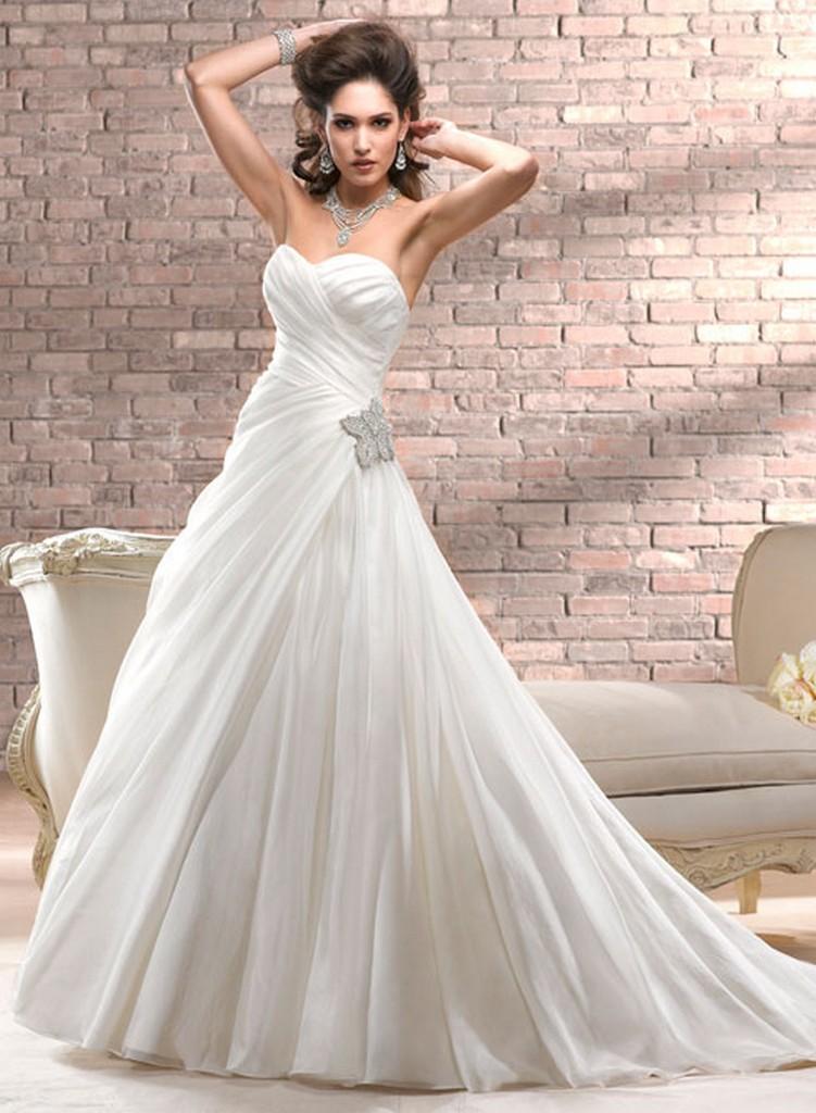 Пышные свадебные платья из коллекции Maggie Sottero 2013 15