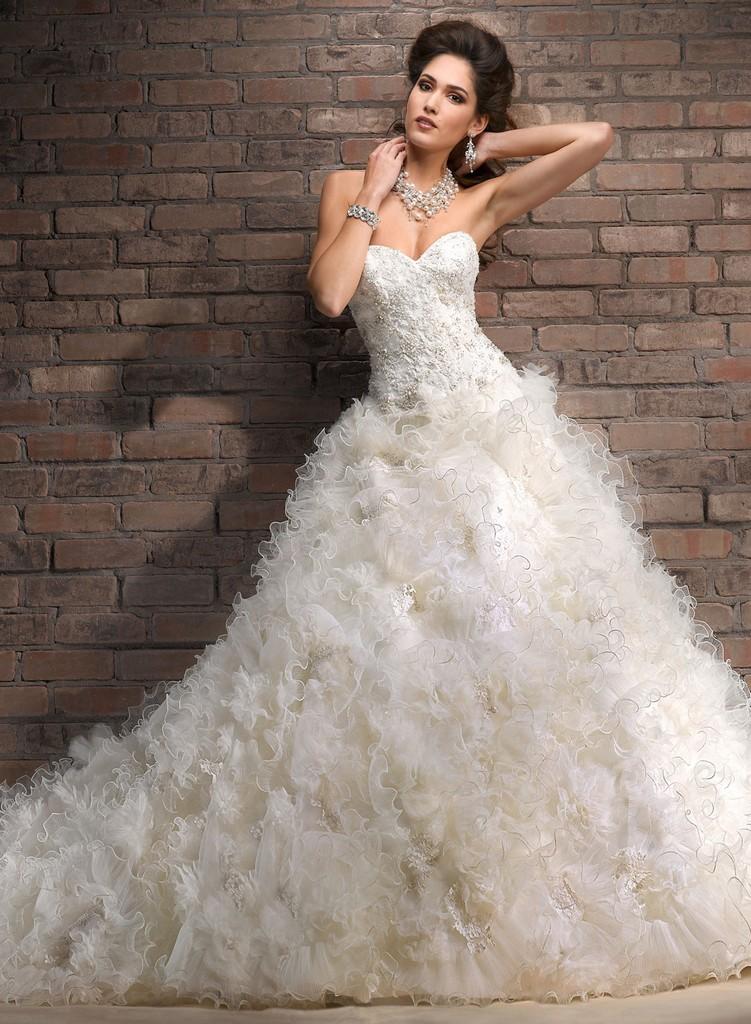 Пышные свадебные платья из коллекции Maggie Sottero 2013 22