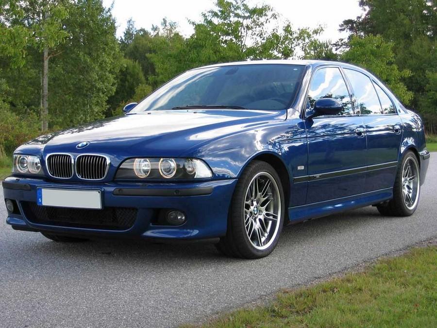 BMW 525 E39 - классическая модель 6