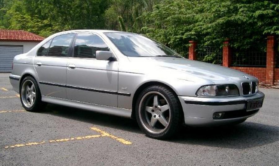 BMW 525 E39 - классическая модель 11