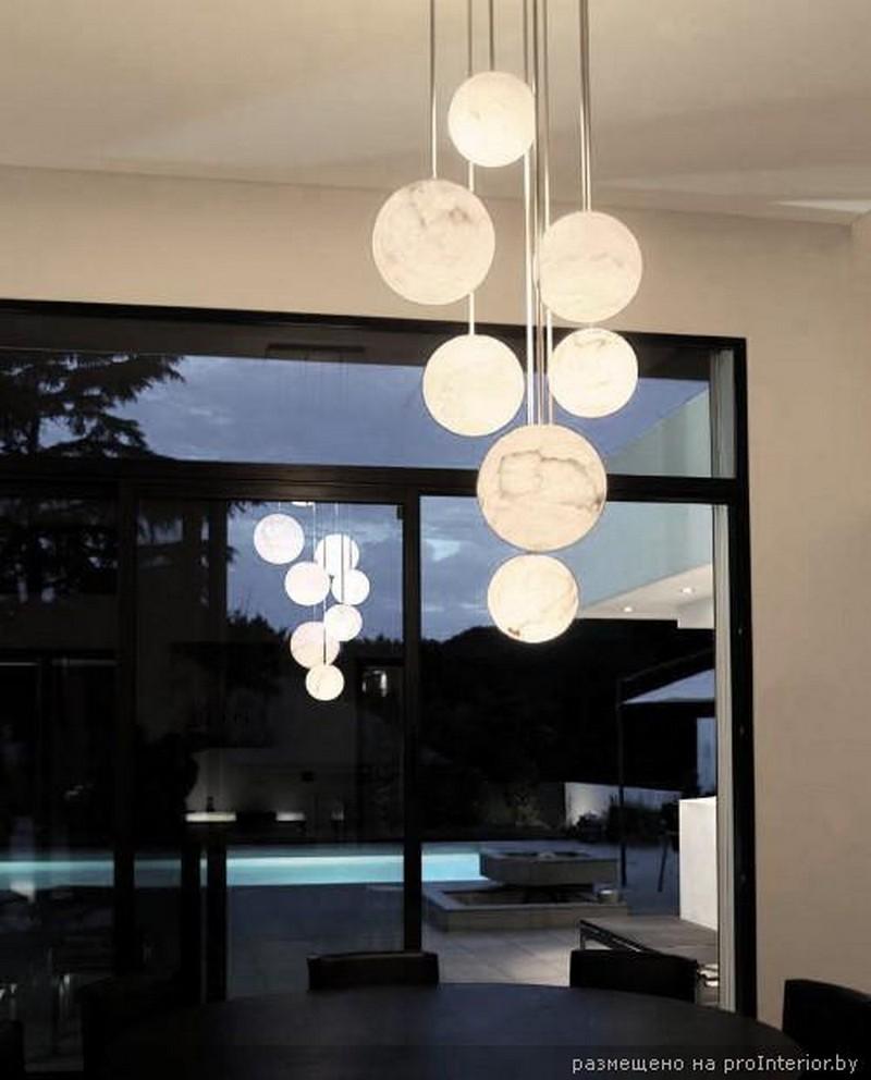 подвесные светильники в интерьере 3