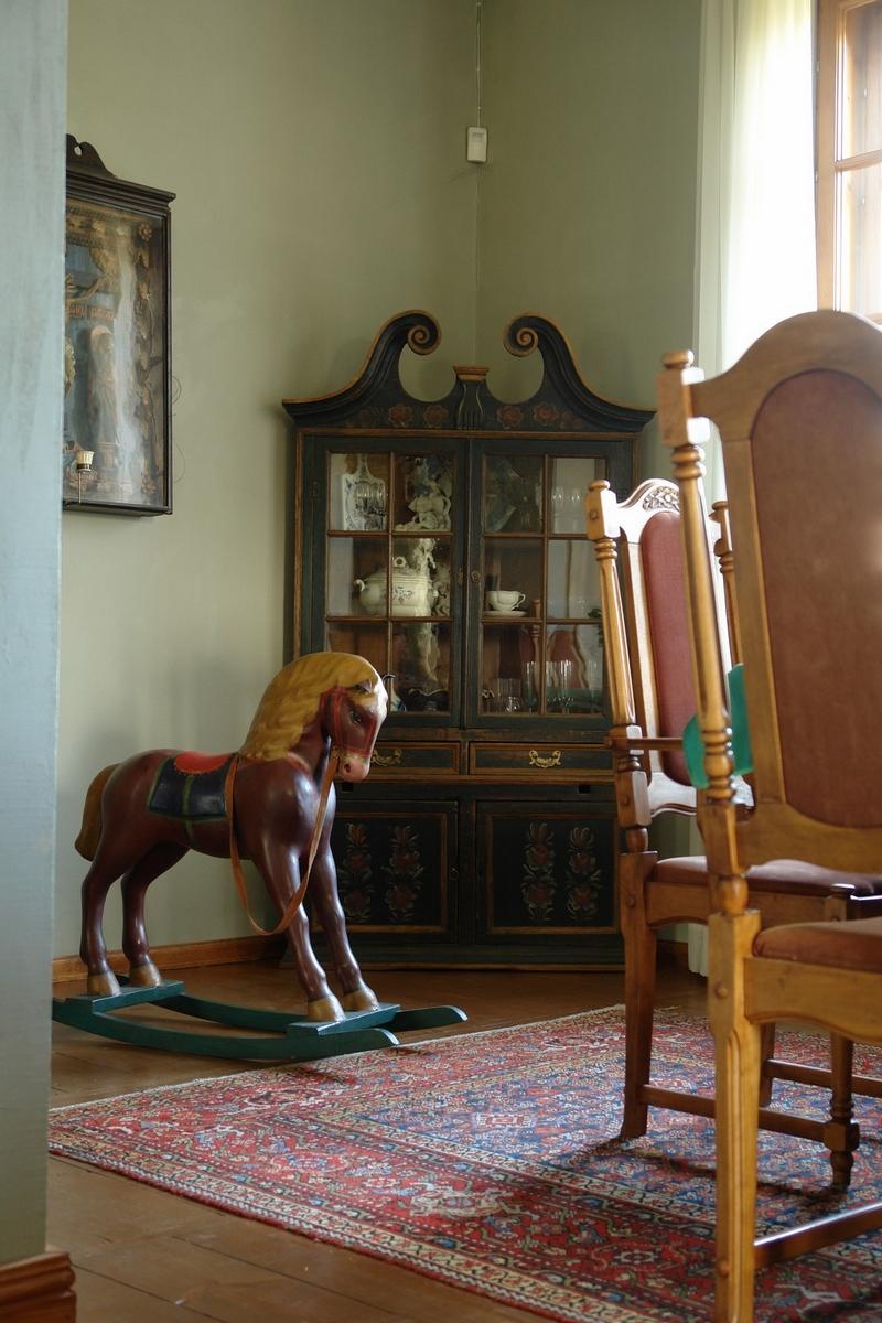 Русский стиль кантри в интерьере дома в Ленинградской области 8