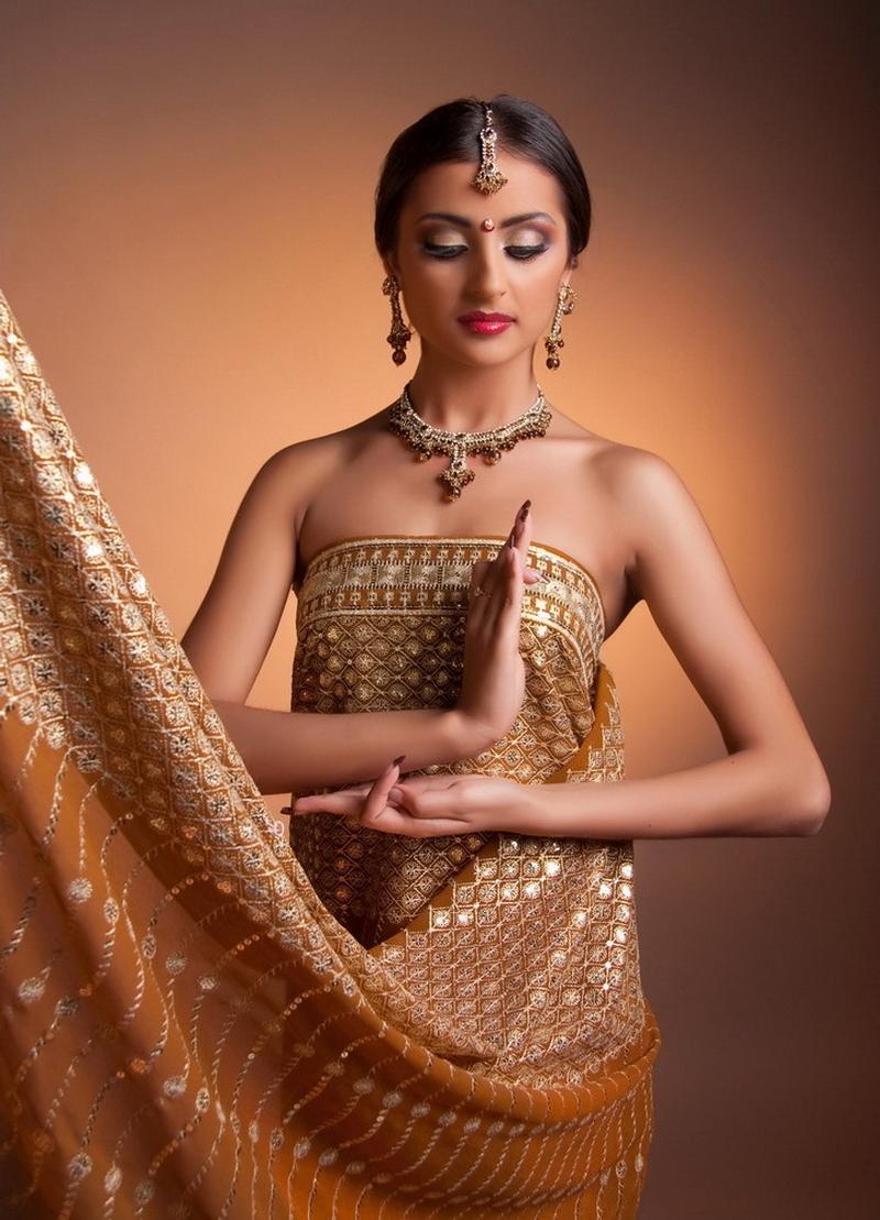 foto-indianok-v-tele