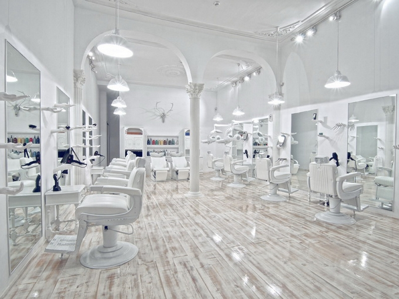 Дизайн интерьера помещения салона красоты 21