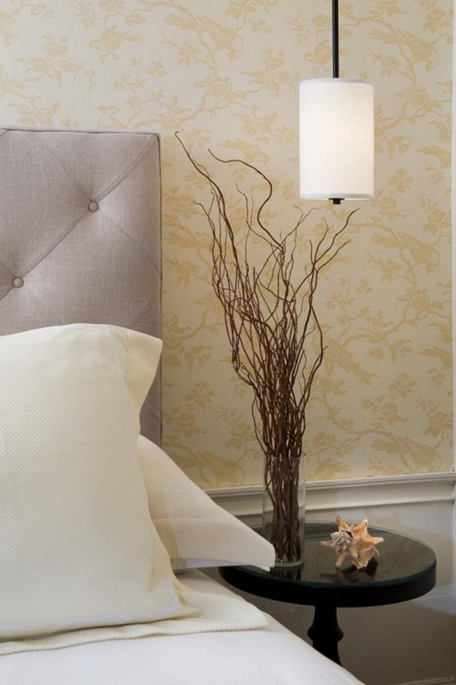 Стеклянная ваза - изысканное украшение к празднику  11