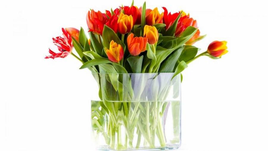 Стеклянная ваза - изысканное украшение к празднику  31