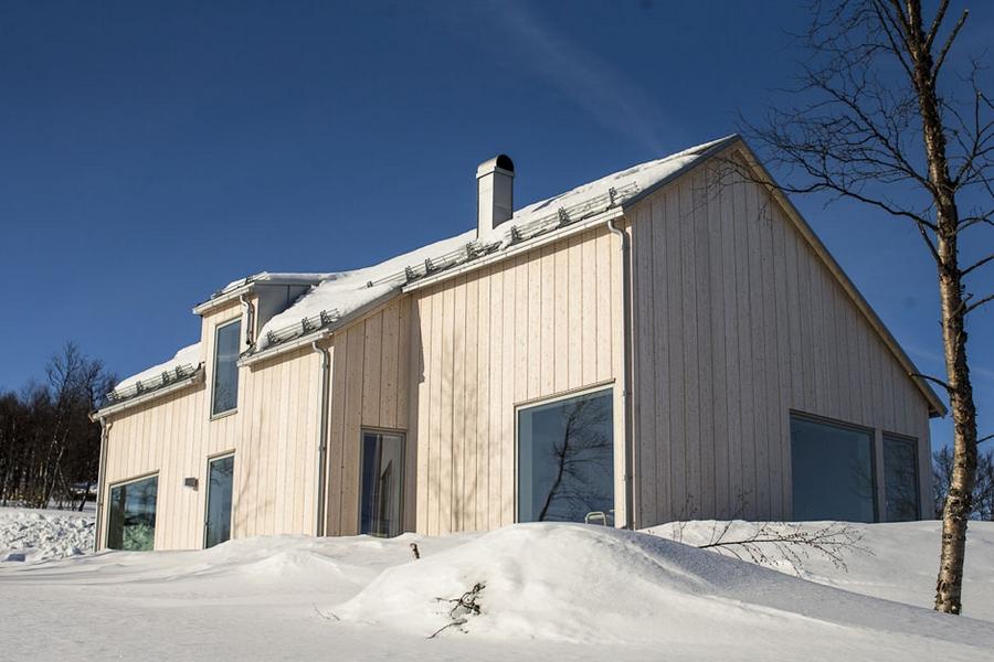 Интересный проект дома на горе 4