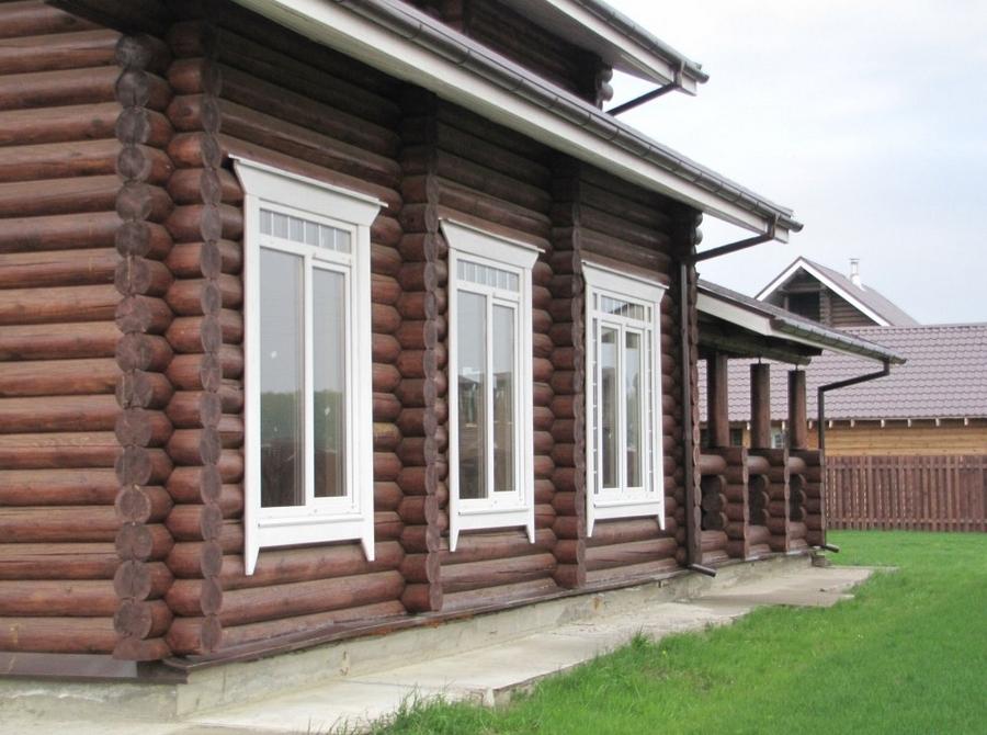 Современные окна пластиковые в деревянном доме 1