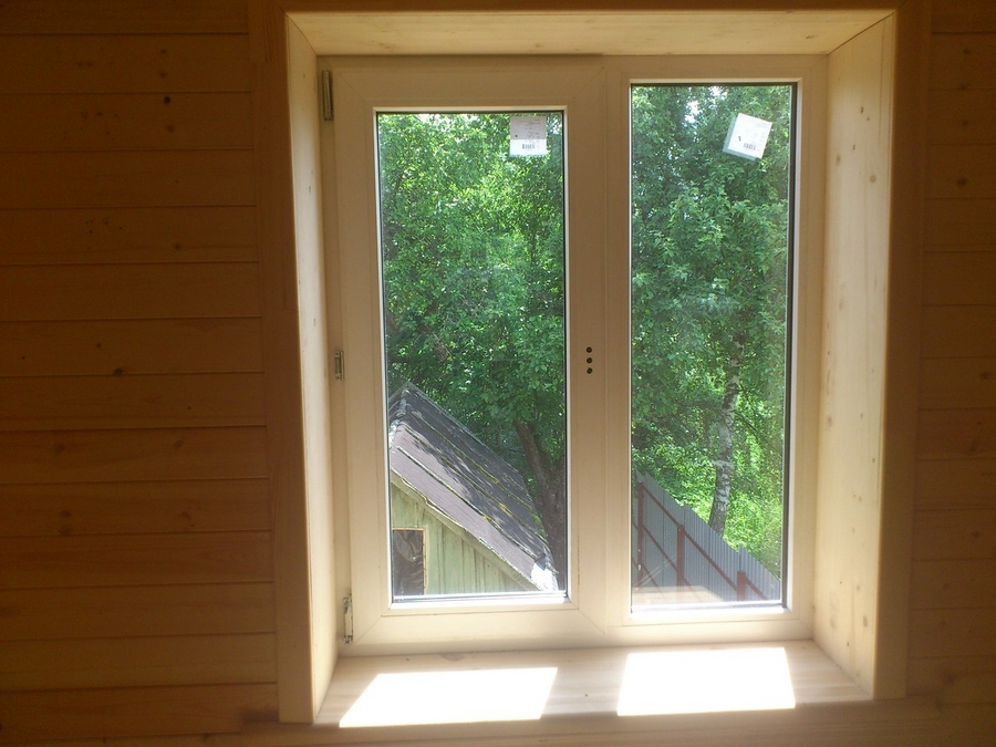 Современные окна пластиковые в деревянном доме 6