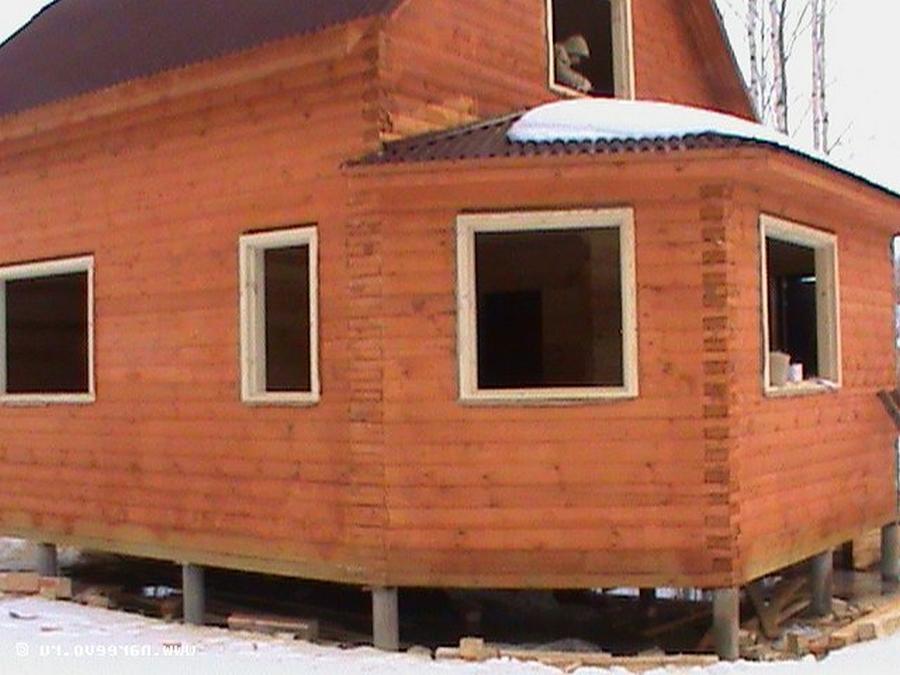 Современные окна пластиковые в деревянном доме 19