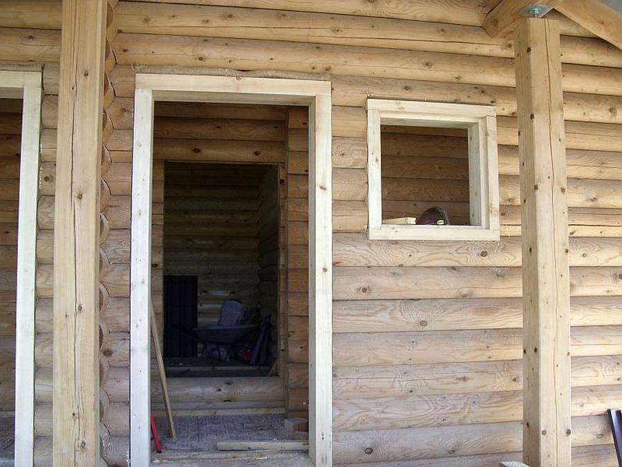 Современные окна пластиковые в деревянном доме 23