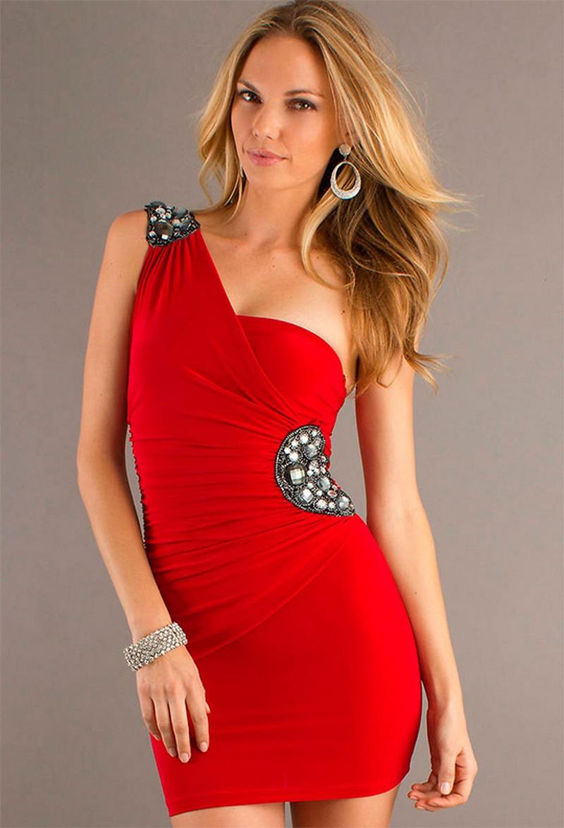 Самые красивые платья для встречи Нового Года 1