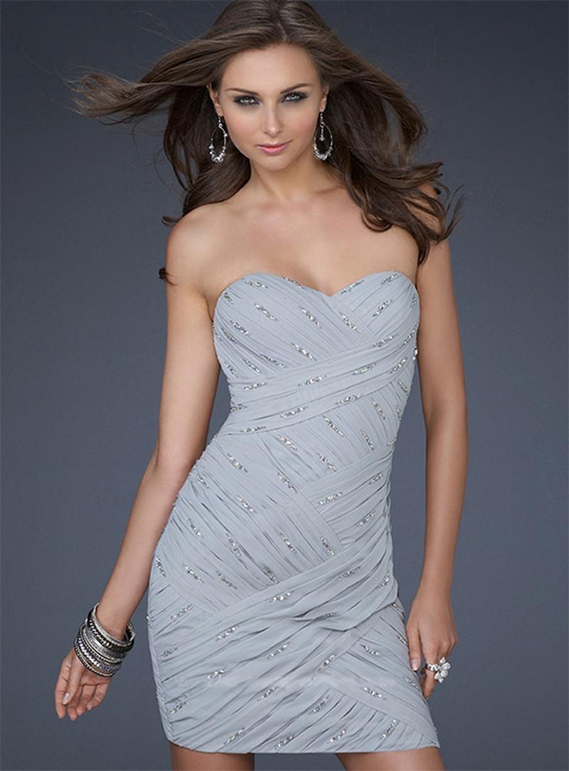 Самые красивые платья для встречи Нового Года 13
