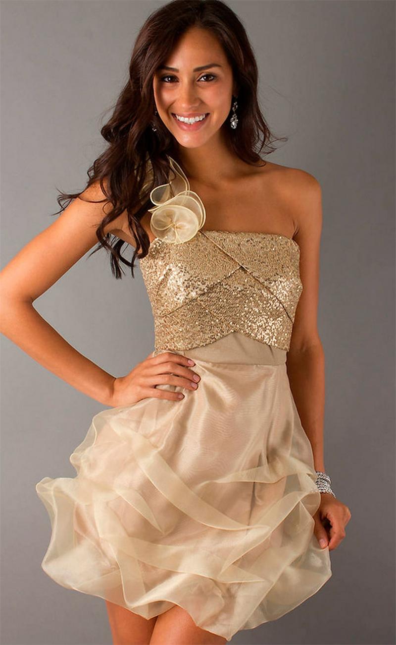 Самые красивые платья для встречи Нового Года 18