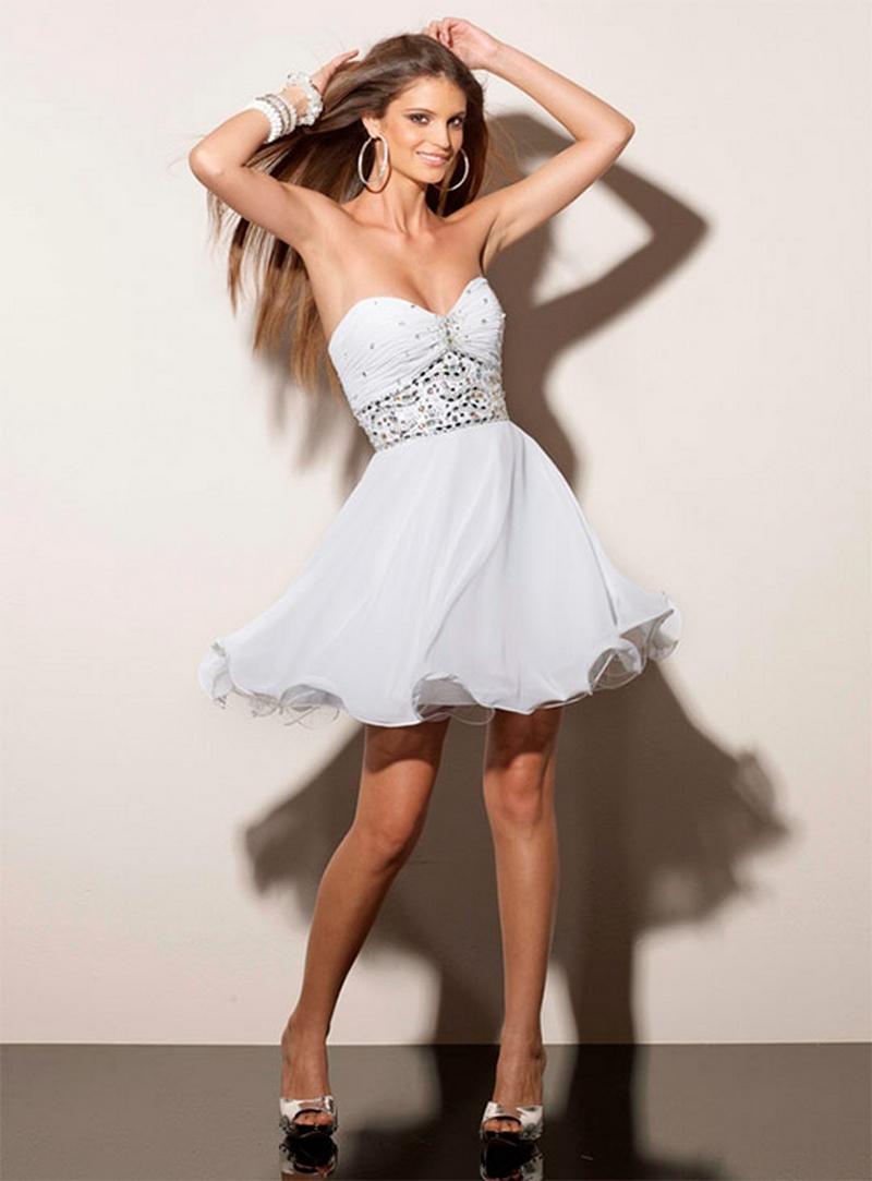 Самые красивые платья для встречи Нового Года 28