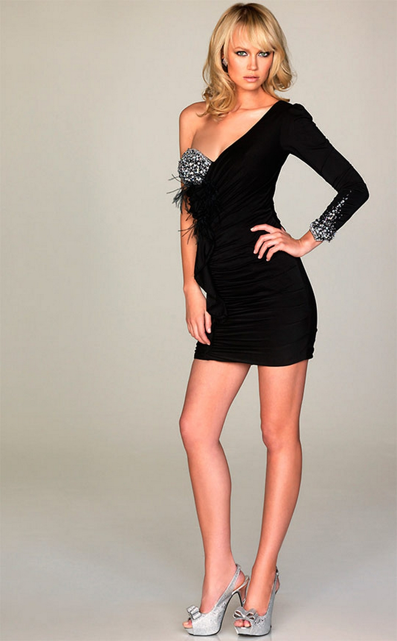 Самые красивые платья для встречи Нового Года 30