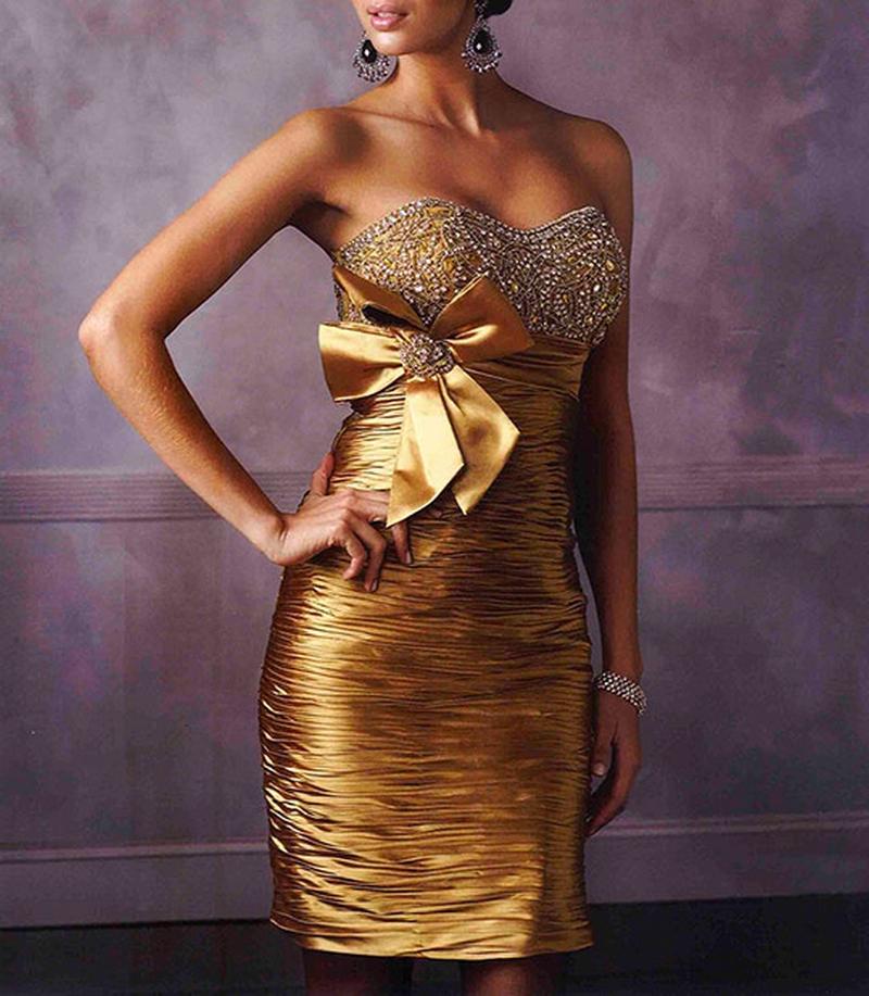Самые красивые платья для встречи Нового Года 33