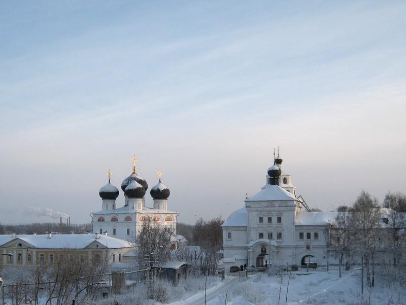 Успенский Трифонов мужской монастырь, один из самых красивых архитектурных ансамблей Кирова 5