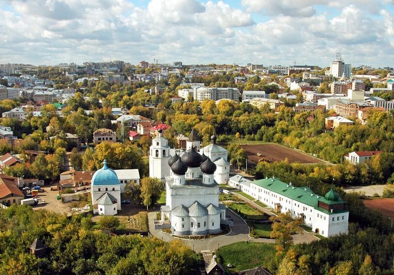 Успенский Трифонов мужской монастырь, один из самых красивых архитектурных ансамблей Кирова 14