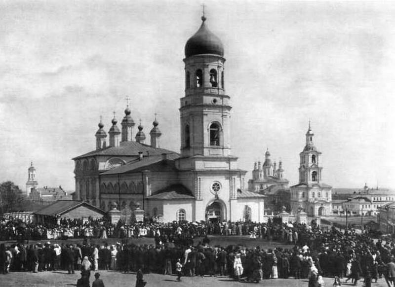 Успенский Трифонов мужской монастырь, один из самых красивых архитектурных ансамблей Кирова 15