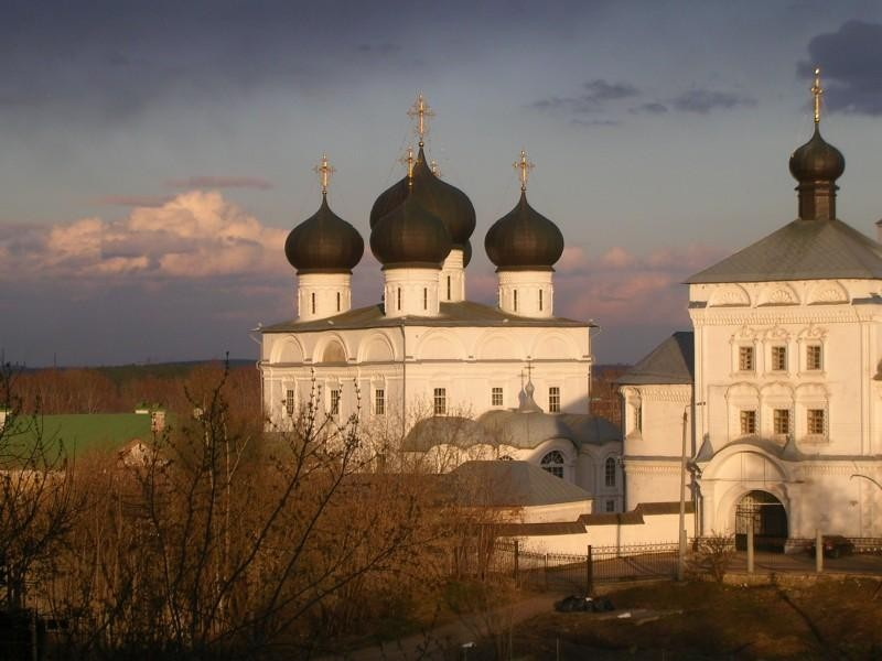 Успенский Трифонов мужской монастырь, один из самых красивых архитектурных ансамблей Кирова 18