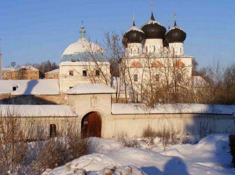 Успенский Трифонов мужской монастырь, один из самых красивых архитектурных ансамблей Кирова 19