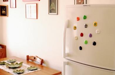 Необычные магниты для украшения холодильника