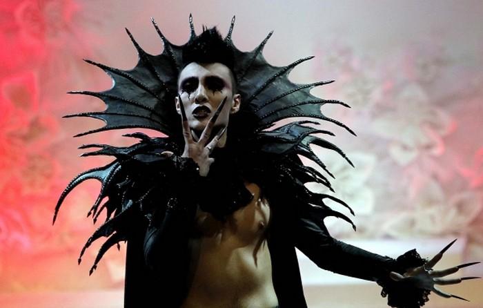 Необычные модные тренды 2012 года 3