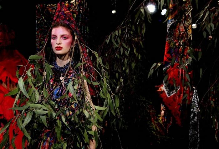 Необычные модные тренды 2012 года 7