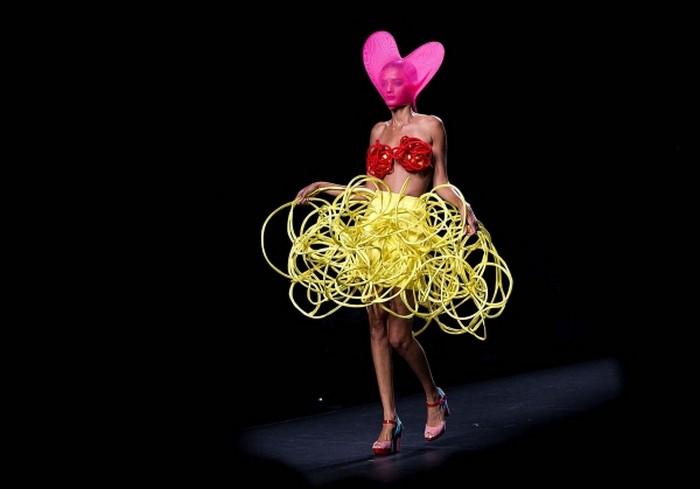 Необычные модные тренды 2012 года 9