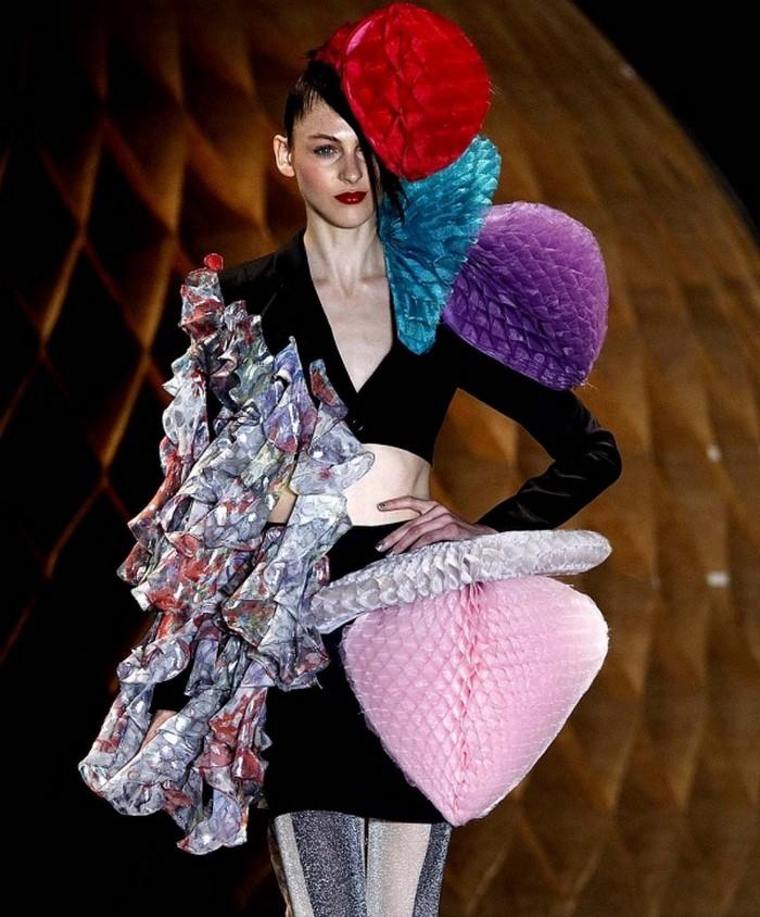Необычные модные тренды 2012 года 18