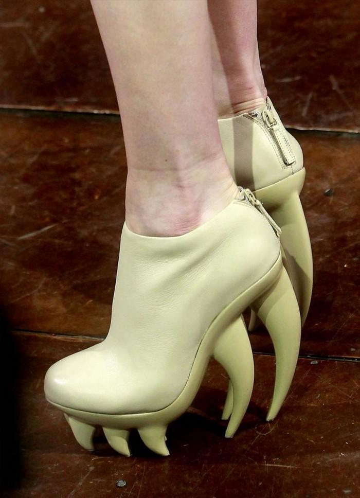 Необычные модные тренды 2012 года 29