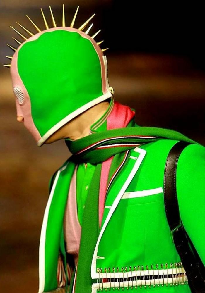 Необычные модные тренды 2012 года 33
