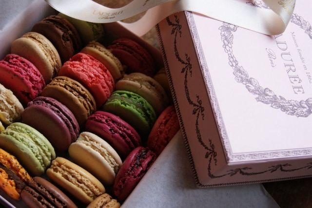 Laduree - самая знаменитая кондитерская Парижа 7