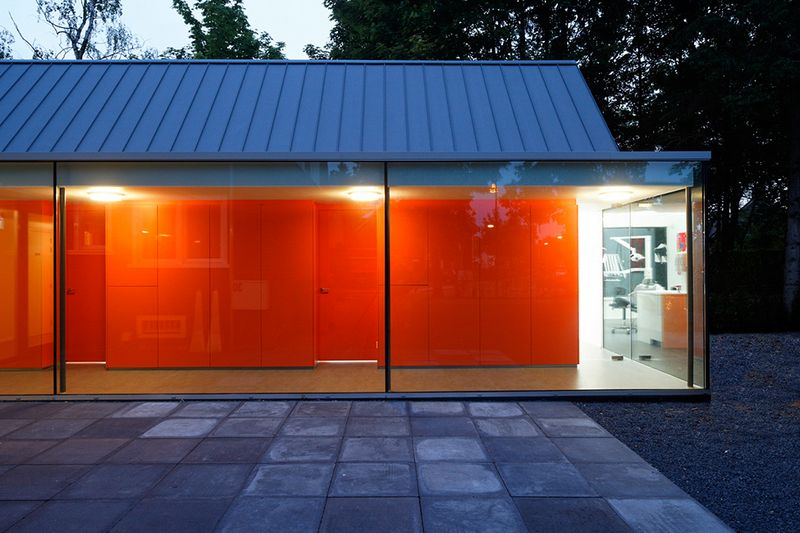 Cтоматологическая поликлиника в деревушке Бест в Нидерландах 8