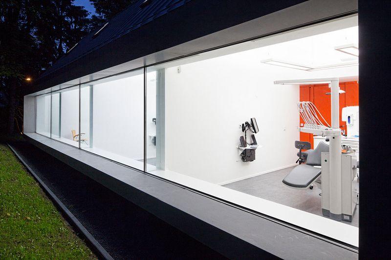 Cтоматологическая поликлиника в деревушке Бест в Нидерландах 9