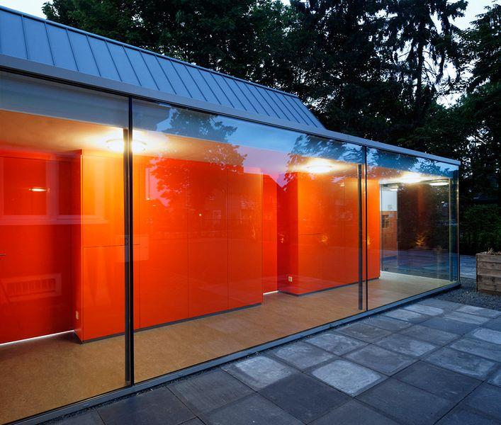Cтоматологическая поликлиника в деревушке Бест в Нидерландах 11