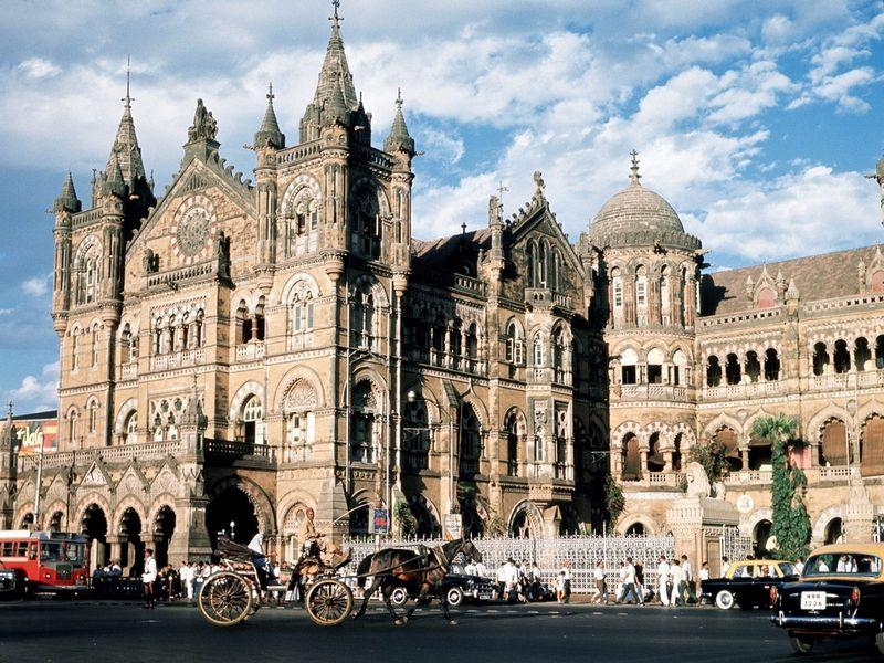 Красивый железнодорожный вокзал Чхатрапати Шиваджи 4
