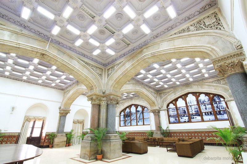 Красивый железнодорожный вокзал Чхатрапати Шиваджи 12
