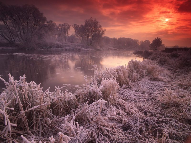 Красивые фото заката солнца - River Avon, Great Britain