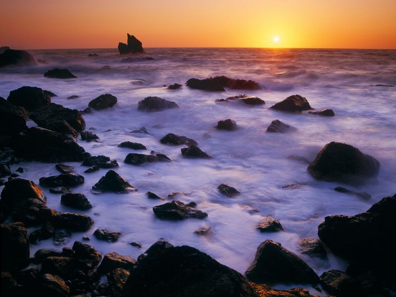 Красивые фото заката солнца - Shoreline at Sunset, Patricks Point State Park, California