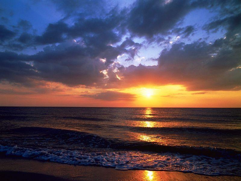 Красивые фото заката солнца - Shoreline Sunset