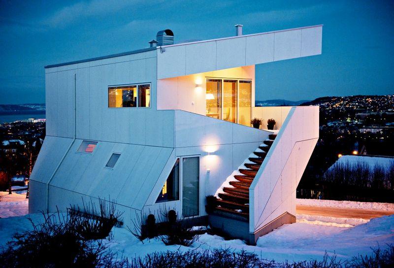 Компактный белый дом в Тронхейме 1