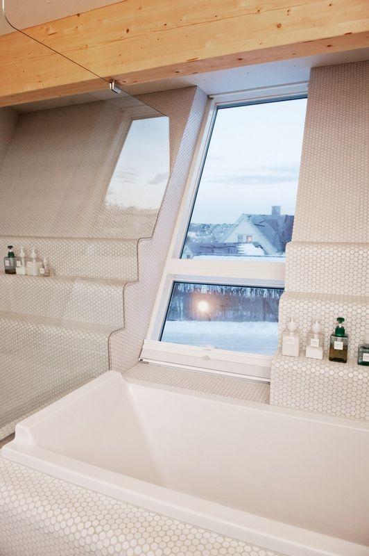 Компактный белый дом в Тронхейме 9