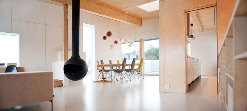 Компактный белый дом в Тронхейме 11