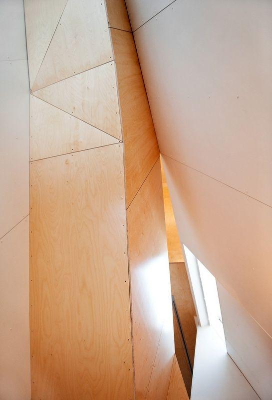 Компактный белый дом в Тронхейме 16