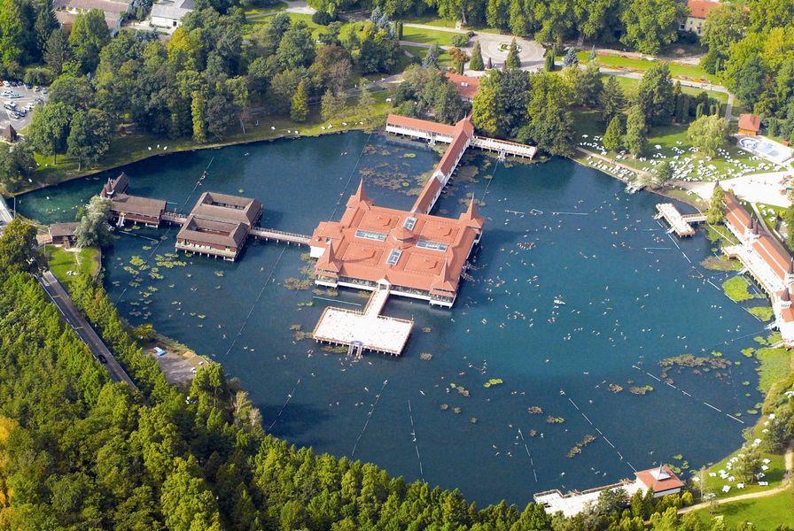 Лечебные воды озера Хевиз 2