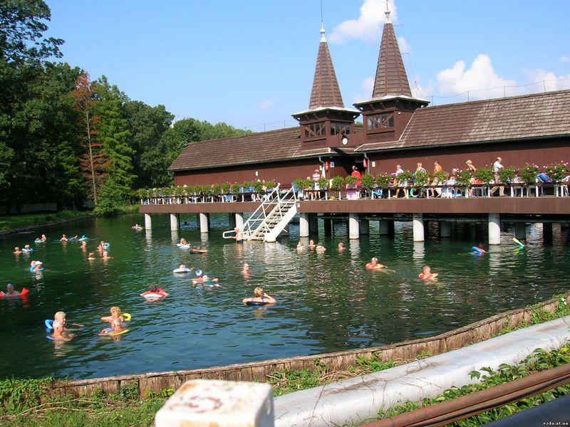 Лечебные воды озера Хевиз 18